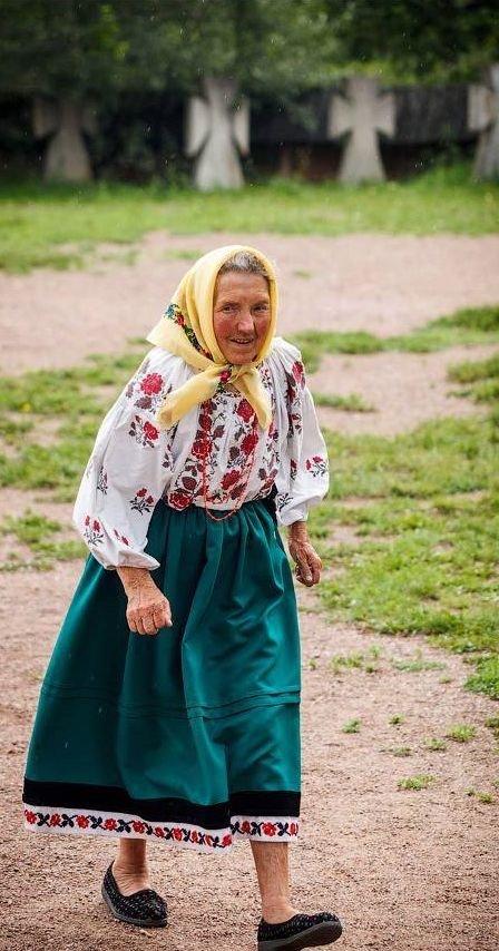 large.259879288_Russian-babushka-old-Rus