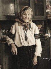 Russian-babushka-old-Russian-women-Russian-mama 57.JPG