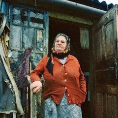 Russian-babushka-old-Russian-women-Russian-mama 15.JPG