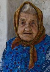 Russian-babushka-old-Russian-women-Russian-mama 3.JPG