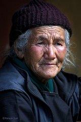 Russian-babushka-old-Russian-women-Russian-mama 2.JPG