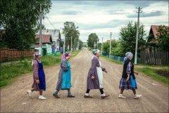 Russian-babushka-old-Russian-women-Russian-mama 14.JPG