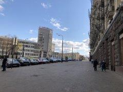 Москва, Басманный район,вокруг и около Комсомольской площади в период самоизоляции, рабочий день 21 апреля2020 г. 11.jpeg