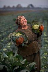 Russian-babushka-old-Russian-women-Russian-mama 60.JPG
