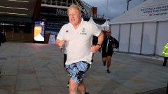 Boris Johnson, pictured here running-visa-news-rospersonal-Mikhaylov-Evgeny-Matveevich-Immigration-Agent-Moscow.jpg