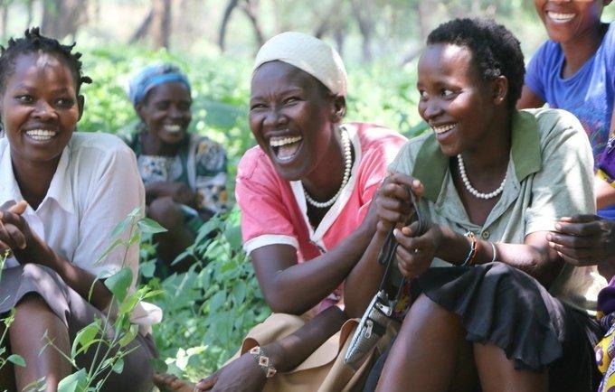 large.African_girls.jpg.4000688067cf7267