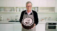 Bill Gates offered a sweet and funny video tribute to his billionaire pal Warren Buffett-visa-news-rospersonal-Mikhaylov-Evgeny-Matveevich-Immigration-Agent-Moscow.png