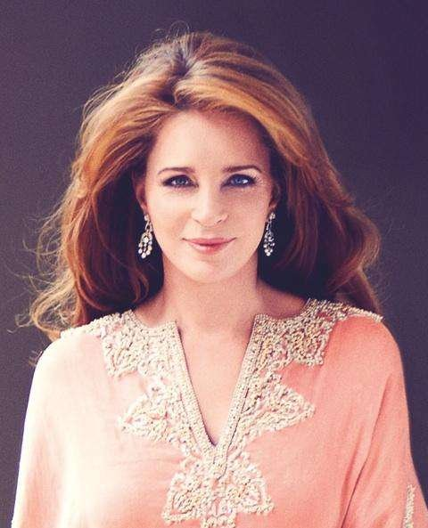 large.17-queen-noor-of-jordan-most-beaut