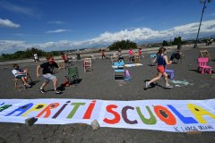 Children and parents in Rome hold a flashmob calling for schools to reopennews-rospersonal-Mikhaylov-Evgeny-Matveevich-Immigration-Agent-Moscow.jpg