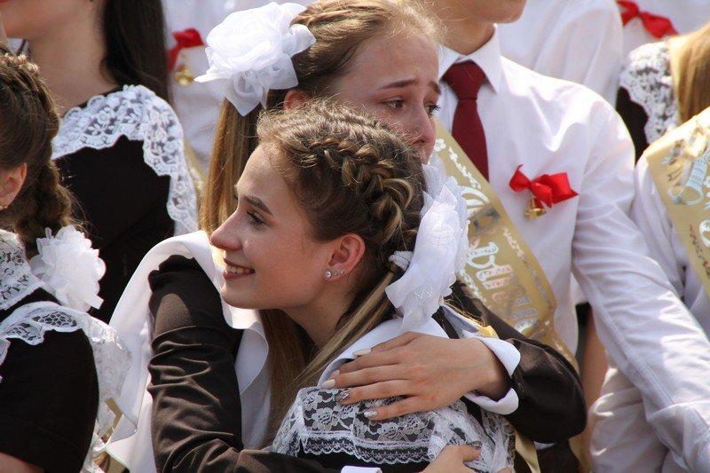 Школьницы-выпускницы-девочки-чулочки-бантики-трусики 4.JPG