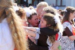 Школьницы-выпускницы-девочки-чулочки-бантики-трусики 11.jpg