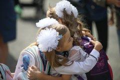 Школьницы-выпускницы-девочки-чулочки-бантики-трусики 3.jpg