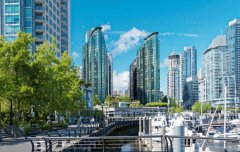 Vancouver-Walk-in-vancouver-visa-news-rospersonal-Mikhaylov-Evgeny-Matveevich-Immigration-Agent-Moscow.jpeg