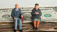 Americans can comfortably retire-visa-news-rospersonal-Mikhaylov-Evgeny-Matveevich-Immigration-Agent-Moscow.jpg
