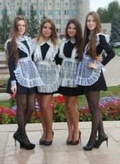 Школьницы-выпускницы-девочки-чулочки-бантики 66.jpg