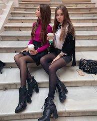 Школьницы-выпускницы-девочки-чулочки-бантики 150.jpg