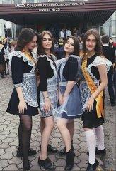 Школьницы-выпускницы-девочки-чулочки-бантики 64.jpg