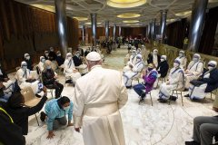 Pope Francis spoke to the homeless of Rome-visa-news-rospersonal-Mikhaylov-Evgeny-Matveevich-Immigration-Agent-Moscow.jpg