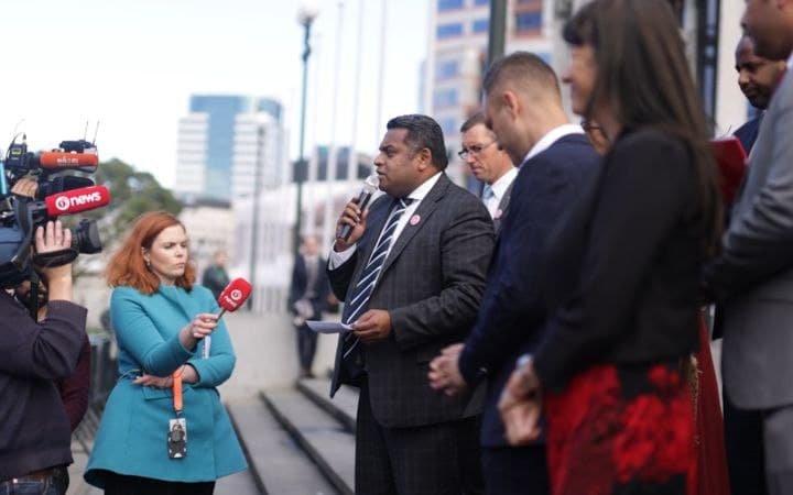large.1008923433_NZImmigration-visa-news