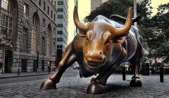 Wall Street Bull-New-York-USA-visa-news-rospersonal-Mikhaylov-Evgeny-Matveevich-Immigration-Agent-Moscow.jpg