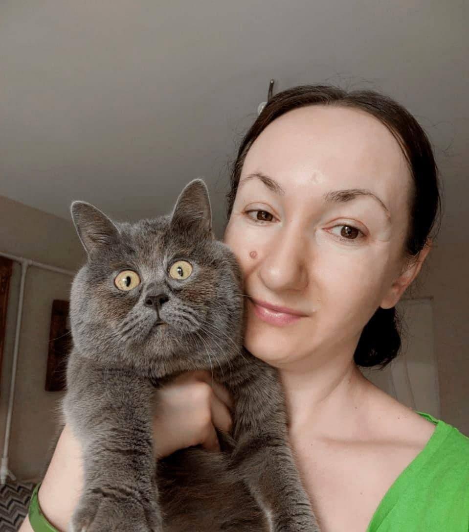 Удивленный кот из Ростовской области набирает популярность в зарубежных СМИ и соцсетях.jpg