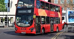 TfL has named the shortest and longest bus route in London-visa-news-rospersonal-Mikhaylov-Evgeny-Matveevich-Immigration-Agent-Moscow.jpg