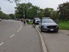 High Park, the police stop cyclists-visa-news-rospersonal-Mikhaylov-Evgeny-Matveevich-Immigration-Agent-Moscow.jpg