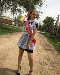 Школьницы-выпускницы-девочки-чулочки-бантики 61.jpg